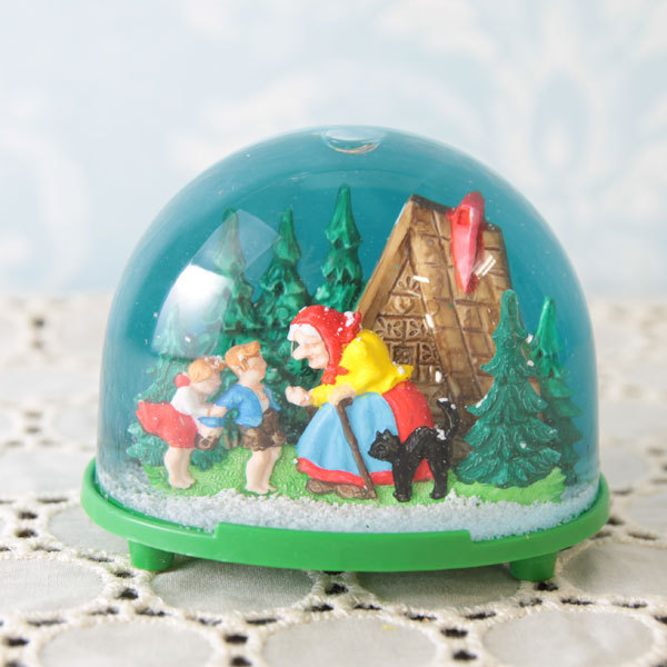 Hansel and Gretel Snow Dome Waterglobe Hans och Greta Snöglob