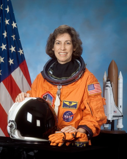 coolchicksfromhistory:  Ellen Ochoa, the first Latina in space. Ellen has spent nearly 1,000 hours in space over four missions conducting atmospheric research and visiting the International Space Station.  Today she is Deputy Director of the Johnson Space Center.  Ellen is also a co-inventor on patents for an optical inspection system, an optical object recognition method, and a method for noise removal in images.
