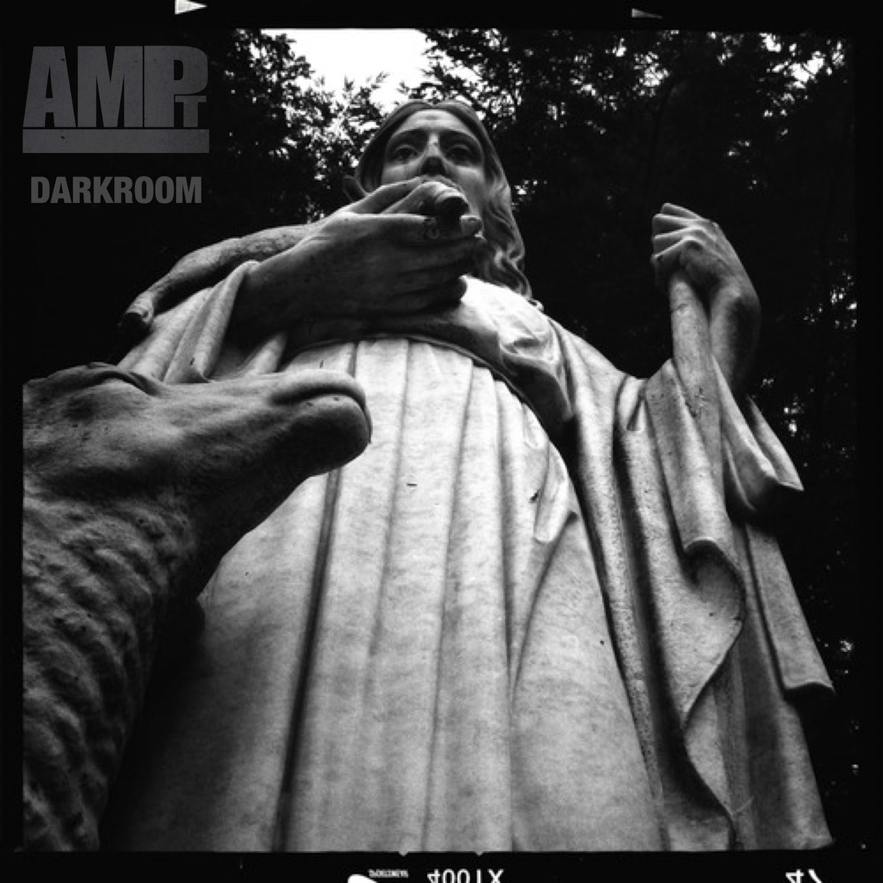 AMPt Darkroom - Using Points of View to Create More Interesting ImagesYour point of view can either work for or against you while shooting. While there are, of course, many things to take into account when making a photo (placement, lighting, background, etc.) there's no doubt that point of view can play a huge part in making an image stand out from the rest.Read the FULL LESSON where Anna shows us some of the ways you can create more interesting images just by changing your point of view.Check back for new Darkroom mobile photography lessons every Monday & Tuesday @ ampteam.org