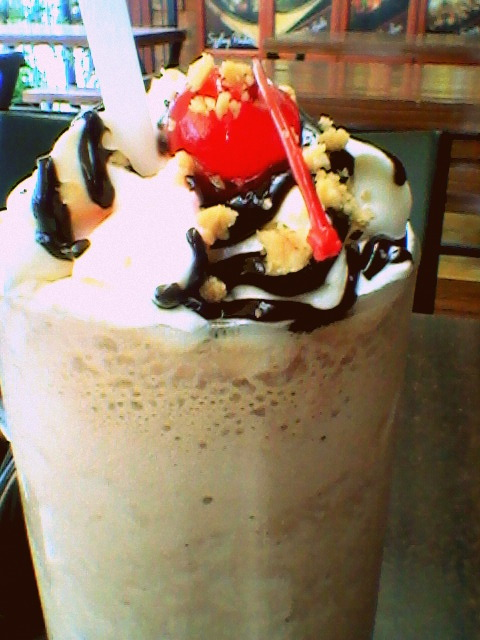 My favorite drink in Starzrock Cafe, Tacloban. It has all of my essentials: coffee, banana, and chocolate. Spell Y-U-M-M-Y!!! :D
