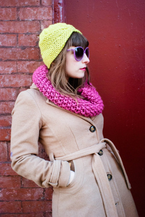 blsseduncertnty:  The Joan Turban in Electric Lime by Etsy knitter Adora Wilson-Eye I want her sunglasses/coat/everything.