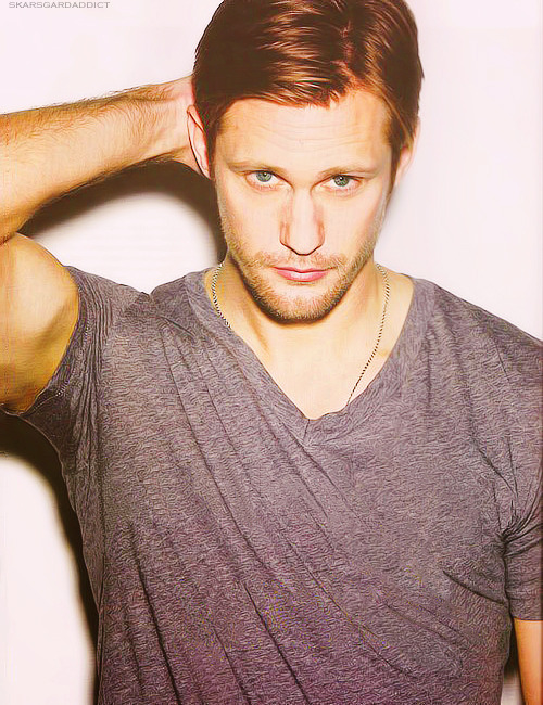 heybunnie-lu:  Alexander Skarsgard A.K.A. Eric Northman. I use to hate him, and was totally against them being together, and thought the creator of the show (Allan Ball) just effed everything up, until I read the books. Now I'm slowly falling in love with him.