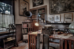 emrayfo:  Jack London's study