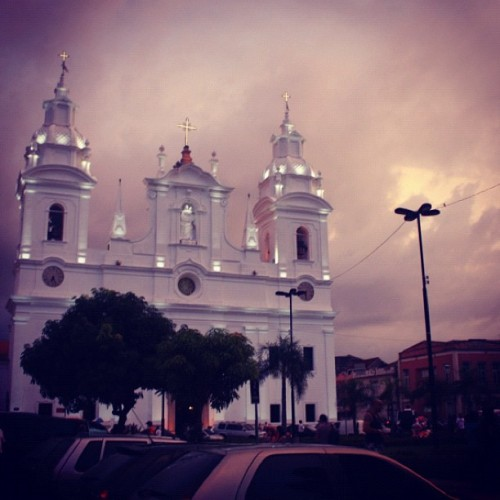 coisassupimpas:  Igreja da Fé (Sé) #2012 #amazonia #brasil #belem #bonito #fotododia #legal #igreja #photooftheday #webstagram #nice #cool #beautiful #pretty #amazon #brazil #socialtravel #jesus (Publicado com Instagram, no Catedral Metropolitana de Belém (Igreja da Sé))