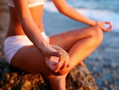 "muffintop-less:  MEDITATION CAN CHANGE YOUR LIFE""When it's bed time, the pineal gland releases melatonin into the blood stream to make the body sleepy. Once asleep, the pineal gland releases DMT naturally into the blood stream allowing a person to dream while in deep sleep, which only happens during REM (rapid eye movement) sleep. When having enough REM sleep, we wake up relaxed and happy. You can use meditation to rhythmic drumming sounds to increase your natural DMT production. This will help you to have a better sleep, better dreams, more rejuvenation and help you to wake up in a good mood with zest for life! If all the members of this page meditated daily for 20 to 30 mins (in silence or with music), the amount of us waking up happy daily would increase. More of us would be in the frame of mind, body and spirit, to receive the wonderful guidance within us and have the energy to act upon it."" - Diana Seneque"
