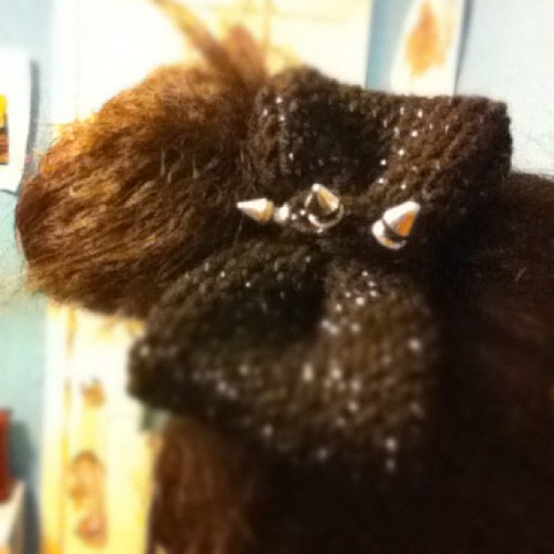 Studded knit bow my boyfriend will hate like <3