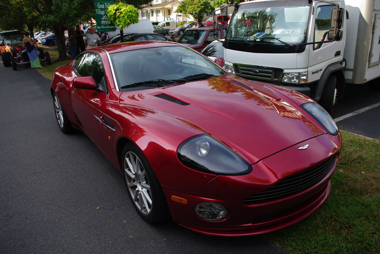 True Story: used Wikipedia to narrow down which Aston this actually was. They look so much the same, Aston should have just pulled a Porsche and kept them all DB7s.