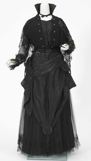 omgthatdress:  Dress 1910s The Minnesota Historical Society