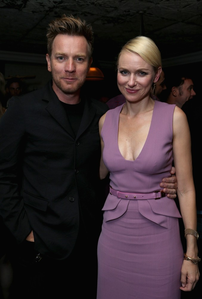 Ewan McGregor & Naomi Watts - party for The Impossible at the TIFF, September 9th 2012 They look so pretty together!