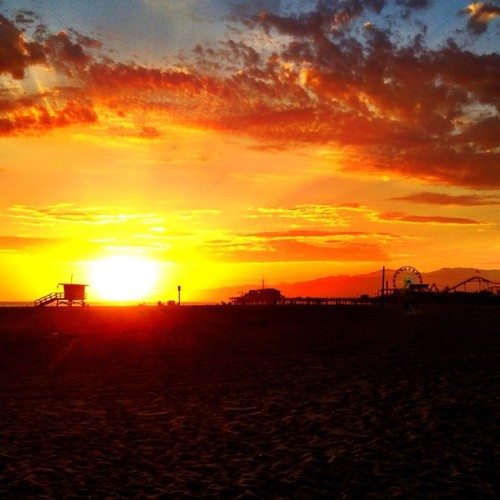 My favorite time of day #sunset  (Taken with Instagram at Santa Monica Beach - Tower 24)