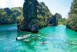 pinoytumblr:  El Nido, PalawanThe Cool Hunter's Amazing Places To Experience Around the Globe (Part 5) (via botherjoseph)