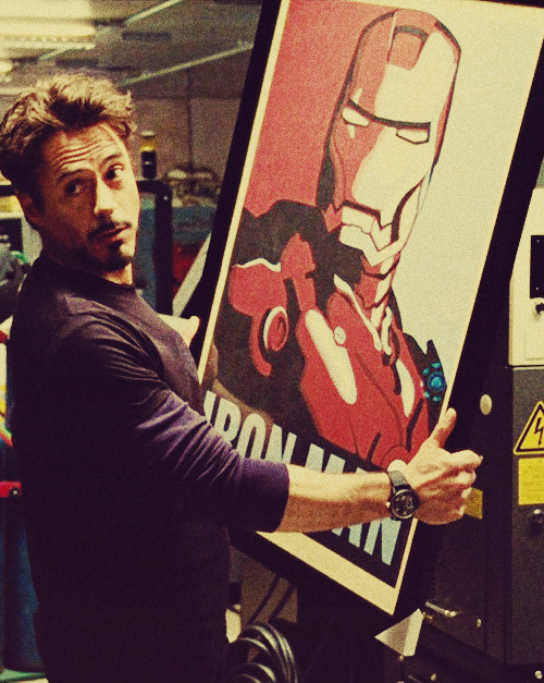 ♣ - 98/100 pictures of Robert Downey Jr as Tony Stark.