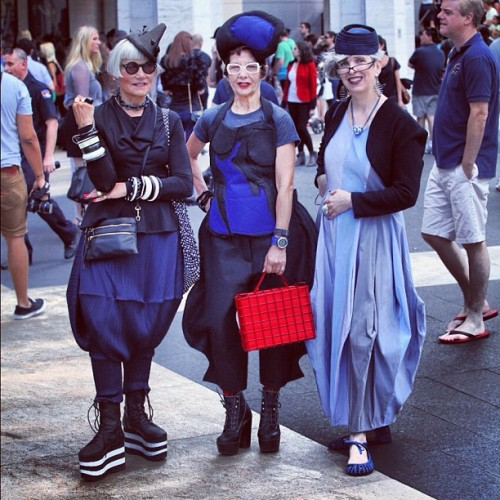 well that's interesting #fonyfw  #nyfw #fashionweek  #costumes #streetstyle (Taken with Instagram)
