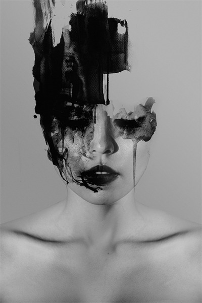 deadsymmetry:  Januz Miralles