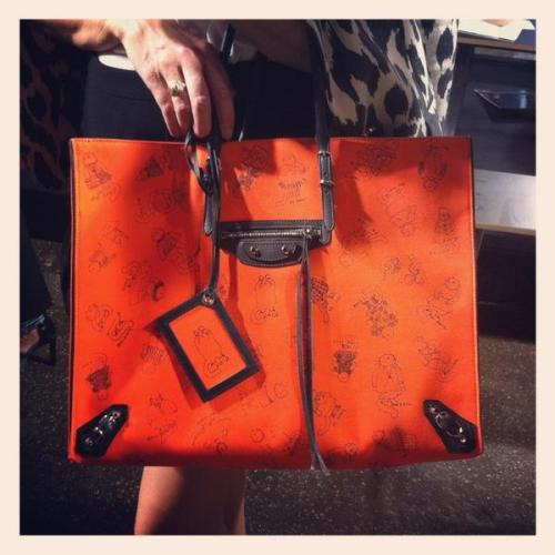 Spotted this amazing limited edition Balenciaga + Grace Coddington cat print tote on our very own Fashion Director Anne Christensen. Only 100 bags produced! -Maria Dueñas Jacobs