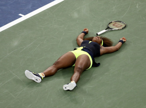 athleticsistas:  Serena Williams