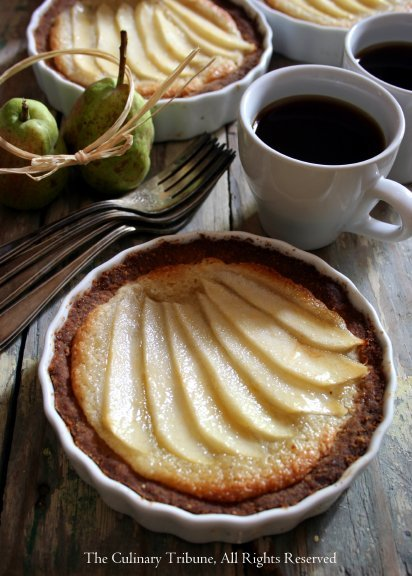 veganlolly:  Vegan pear tarts Click for recipe