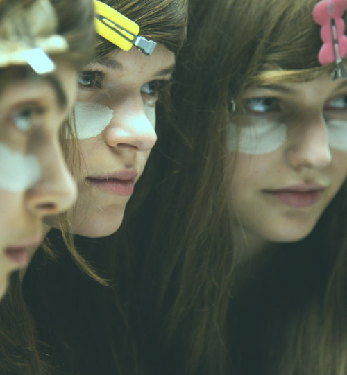 somethingvain:  band of outsiders s/s 2013 rtw, backstage at nyfw