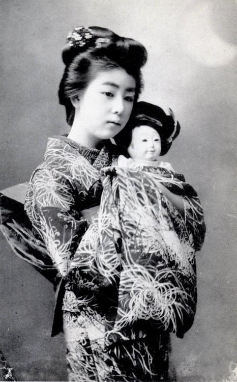 Young Geisha and Doll, 1905