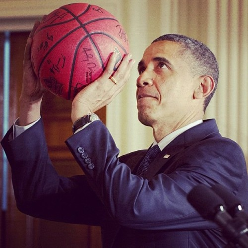 """1 on 1 for the for your life Bin laden…Check up…"" #barackobama #basketball #presidentialJ  (Taken with Instagram)"