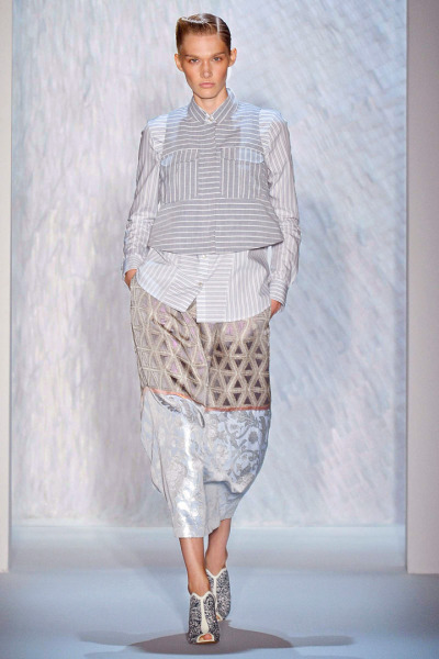 CS Sets for Suno Spring/Summer 2013 Show. Full collection here: http://nymag.com/thecut/fashion/shows/2013/spring/new-york/rtw/suno.html# Photo courtesy of NY Mag.