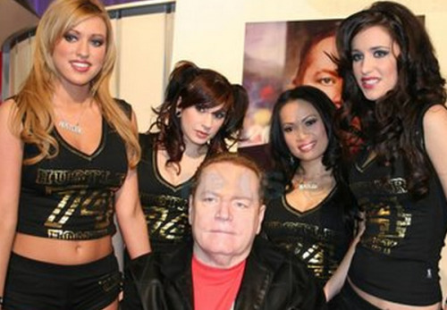 "'Hustler' Publisher and Founder Larry Flynt is offering $1 million for any information about GOP POTUS Candidate Mitt Romney's tax returns.  The magazine mogul bought two full-page ads in newspapers (Sunday's 'Washington Post' and Tuesday's 'USA Today') this week, which offer ""up to a million dollars in cash"" for Mitt's ""tax returns and/or details of his offshore assets, bank accounts and business partnerships."" ""What is he hiding?"" the ads ask. ""Maybe, now, we'll find out."""