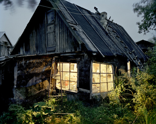 lovelyydarkanddeep:  Home of the Marsinkievich Family, Gorelovo Joakim Eskildsen
