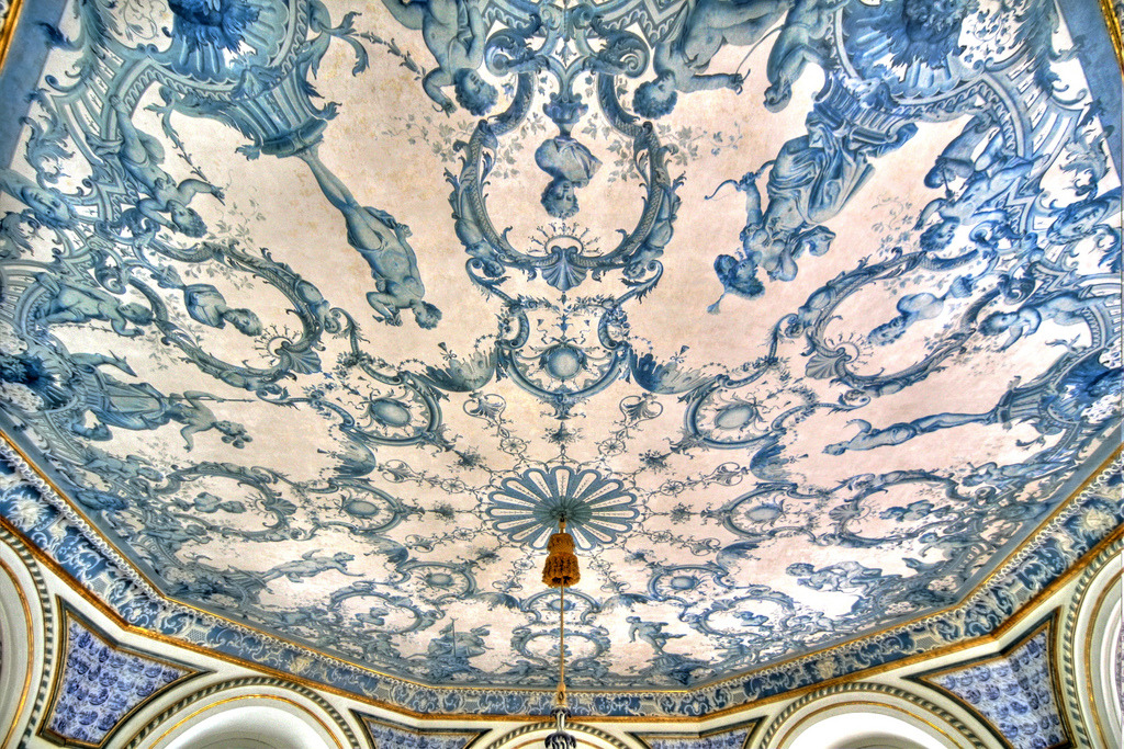 ceiling of Pagodenburg, theChinesepavilionat Nymphenburg palace, decorated with blue and white porcelain tiles thatevoke the patterns on traditionalChinesevases