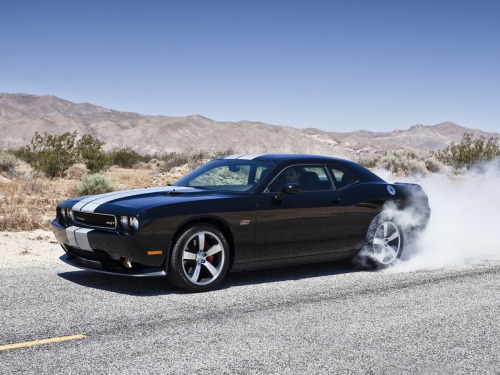 fullthrottleauto:  Dodge Challenger SRT8 Burnout
