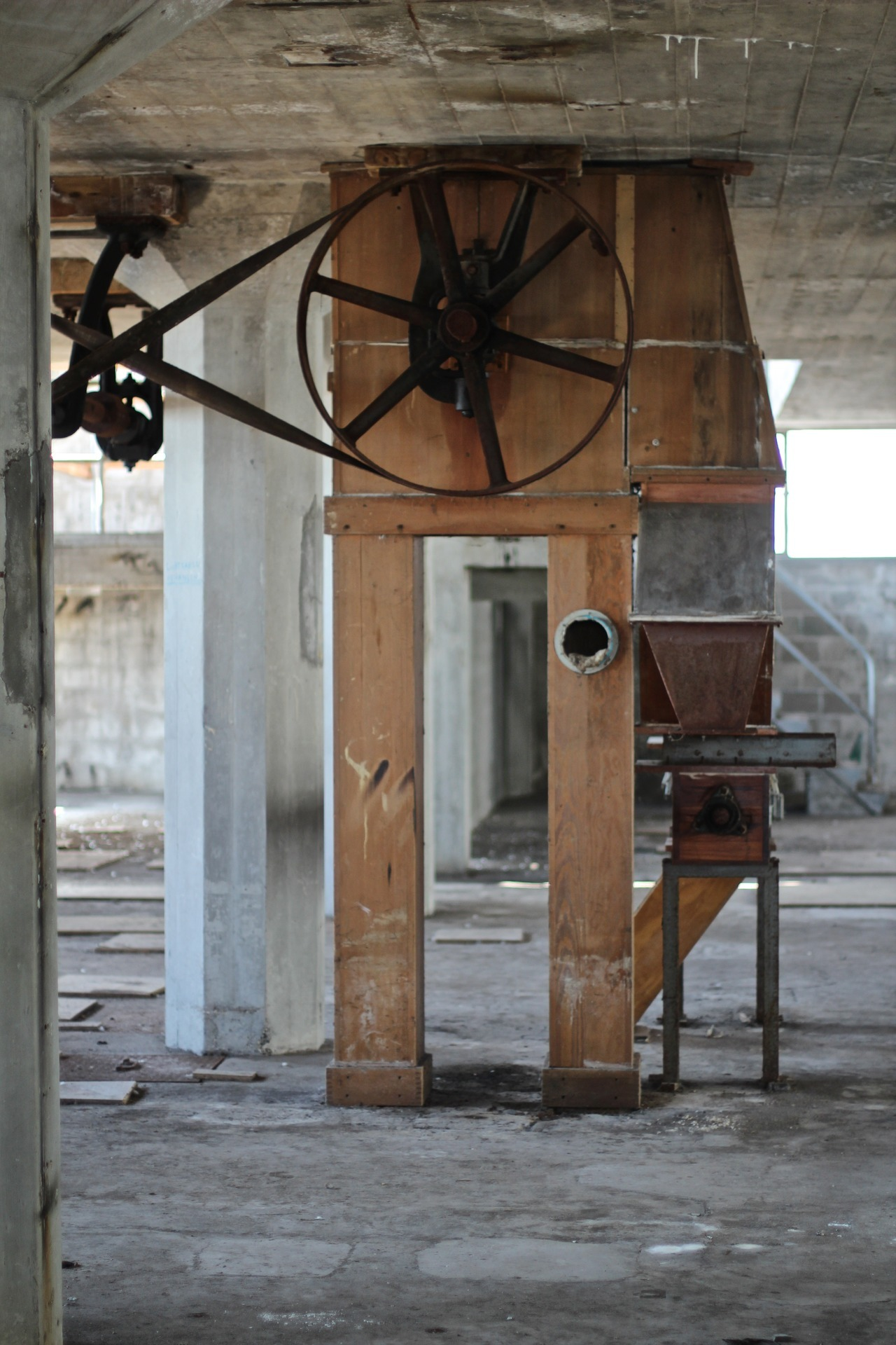 De Meelfabriek - Cogs and Pulleys