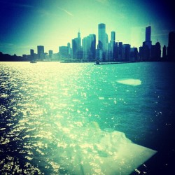 On Lake Michigan 🚢🌊 #chicago #navypier #cruise #chicagoview  (Taken with Instagram)