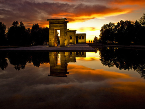 c3rulean:  Debod by Jurobra on Flickr.