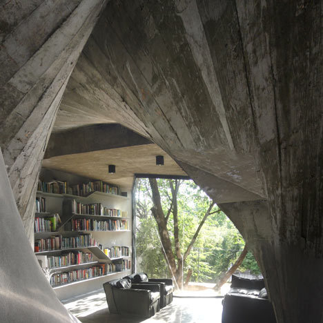 bookshelfporn:  Tea House & Library by Archi-Union, Shanghai Concrete walls twist up through the interior of this tea house and library that architects Archi-Union have constructed in the backyard of their studio.  !!!!!!!!!!!!!!!!!!!!!!!!!