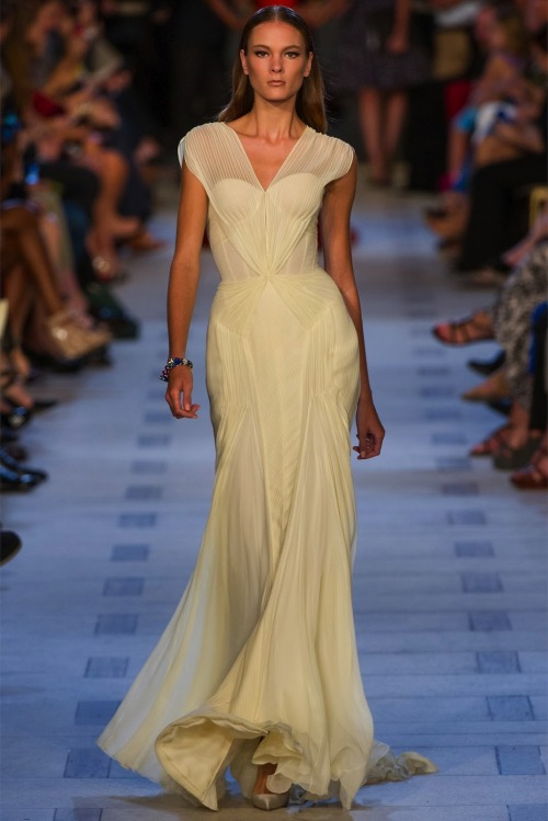 Collection: Zac Posen Spring 2013 Who we see wearing this piece: Jessica Chastain or Abbie Cornish Who would you like to see wearing this on the red carpet?
