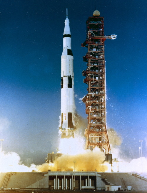 michaelvthesecond:  Saturn V Rocket Launching in 1968.  [Image:NASA/JPL/Caltech]