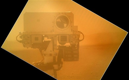 heyheyitsmarissa:  ATTENTION TUMBLR THIS IS THE MARS ROVER. YESTERDAY ON MARS THE LITTLE GUY TURNED HIS CAMERA AROUND AND TOOK A SELFIE OF HIMSELF. LOOK AT HIM. HE IS THE EPITOME OF CUTE.  that is all.