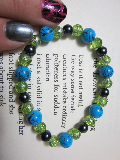 Click the photo to view this $7 bracelet on my Etsy page!
