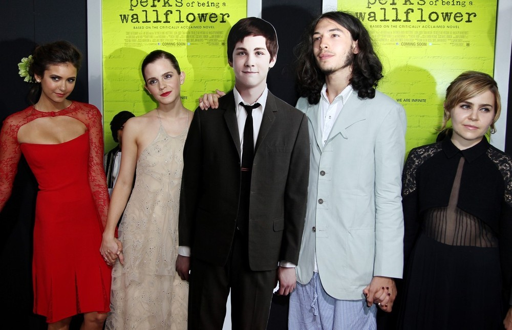 bohemea:  Nina Dobrev, Emma Watson, Ezra Miller & Mae Whitman with a cardboard cutout of Logan Lerman at the LA premiere of The Perks of Being a Wallflower, September 10th 2012 Adorable!