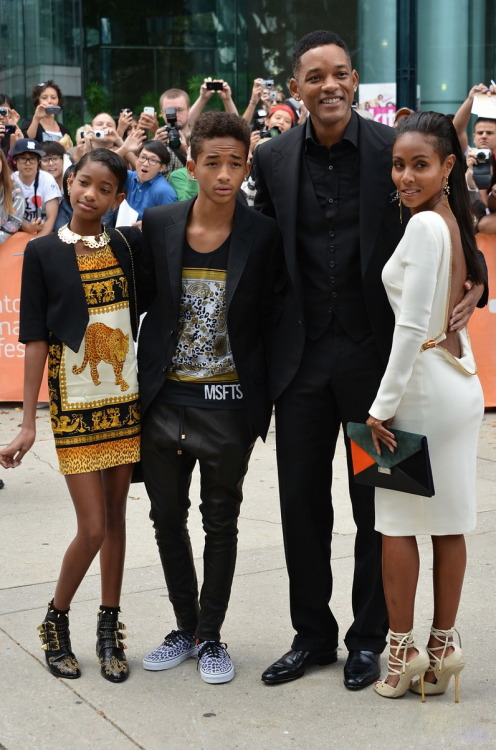 sextrated:  jaden smith looks so hot omfg