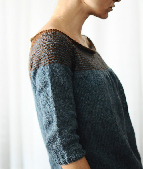 Folded by Veera Välimäki pdf €4.90 EUR (ravelry) photo: rililie (ravelry) yarn: Holst Garn Supersoft 100% uld