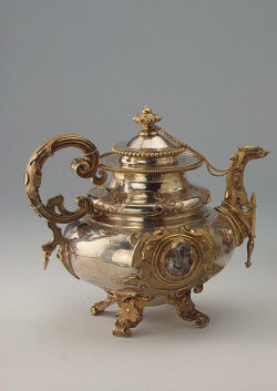 "omgthatartifact:  Teapot Russia, 1848 The Hermitage Museum WOW!!!!….THIS IS THE MOST AMAZING TEAPOT I HAVE EVER SEEN IN MY LIFE!!!….I NEED TO HAVE THIS!!!.…oh, and OMGTHATARTIFACT is one of my ""favorite"" tumblrs out there….""follow"" them if you do not already!!!….Good stuff!!!!…. :)"