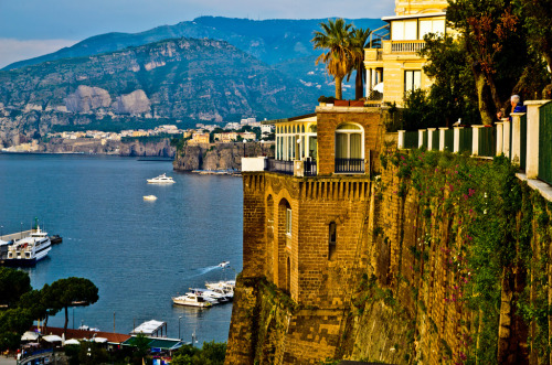 allthingseurope:  Sorrento Seaside, Italy (by DJCommie)