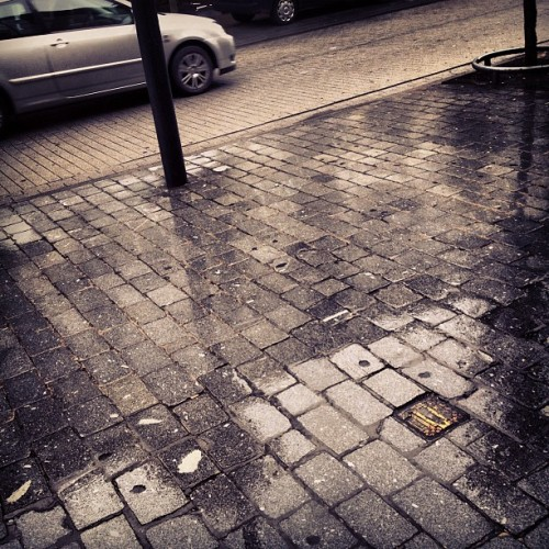 Rainy day is rainy (Taken with Instagram)