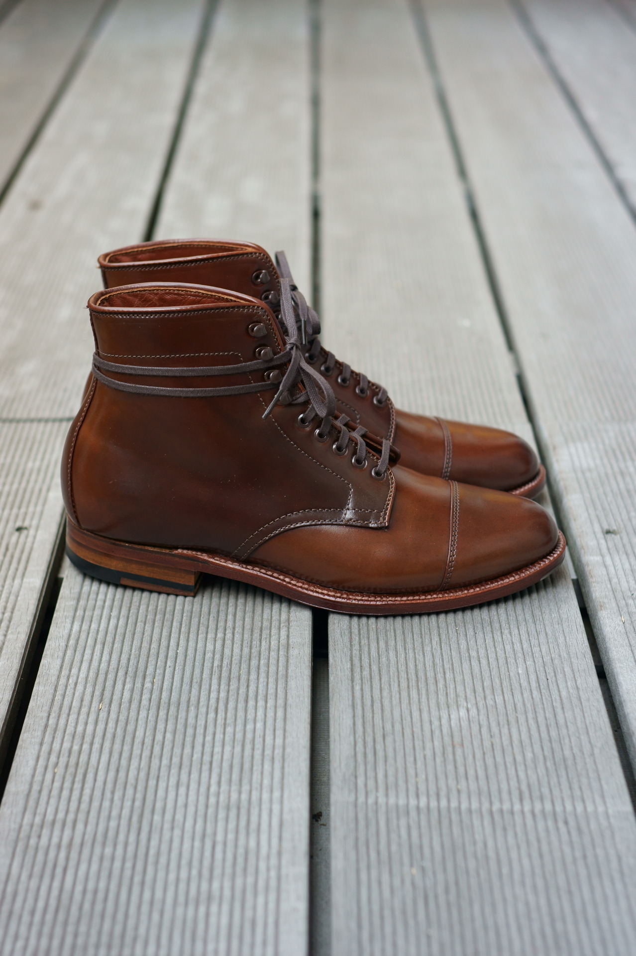 Nice boots. jaoben:  Thinking of Fall Alden Hunting Boot - Ravello Shell Cordovan, Flex-Welt, Waterloc Sole, Barrie Last