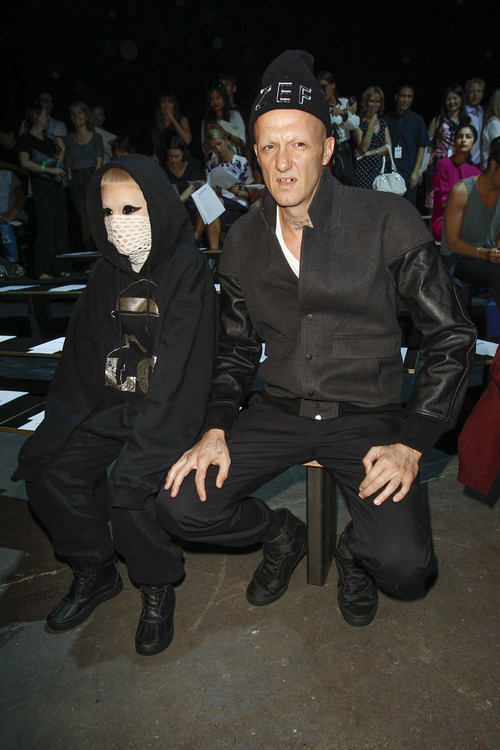 fokjadieantwoord:  Coto and Yo-Landi front row at Alexander Wang SS 2013