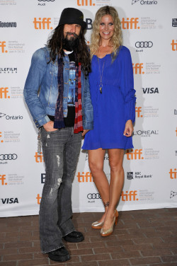 Rob and Sheri Moon Zombie at the LORDS OF SALEM premiere.