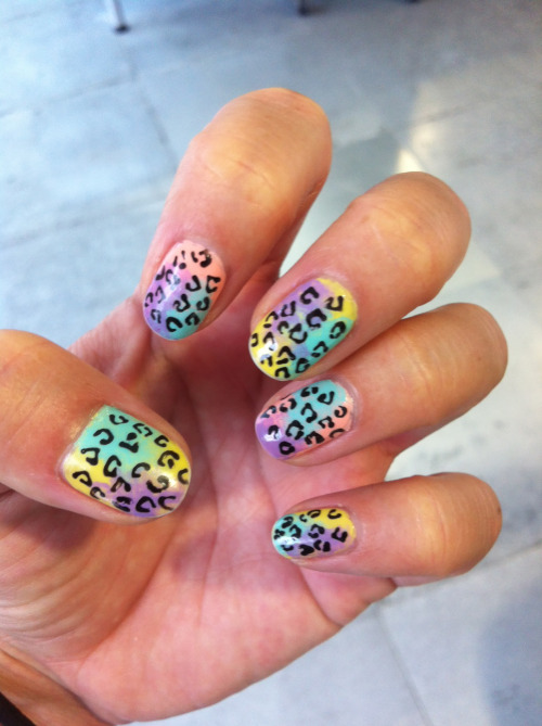 daaaanggirl:  I'm not sure what these are called…. Multi-coloured pastel gradients (or ombre) with leopard i guess! by DaaaangGirl