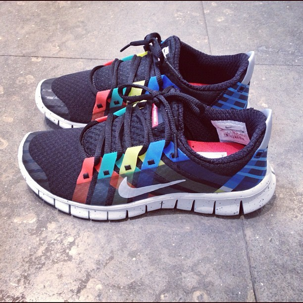"""NIKE FREE POWERLINES NRG """" Olympic """" Available NOW!!!! #colette #colettestore #nike #nikefree #olympic #sneakers (Pris avec Instagram)"""