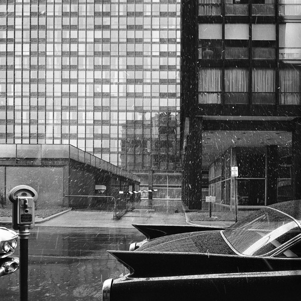 casualoptimist:  Lake Shore Drive Apartments by Mies van der Rohe, 1960. (Photo: Balthazar Korab)