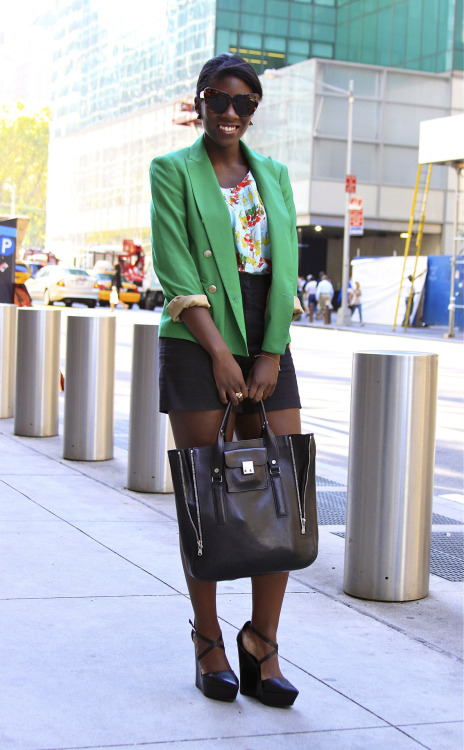 glamour:  We snapped Glamour Online Style Editor, Nikki Ogunnaike, on her way to the shows yesterday. How cute is this outfit?! Photo: Jenna Andrews  What a great outfit for hitting the shows, love the sunnies : ) #nyfw #mbfw